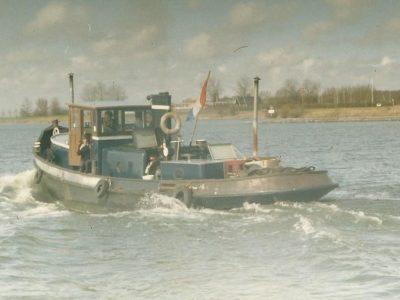 Oude sleepboot Corrie
